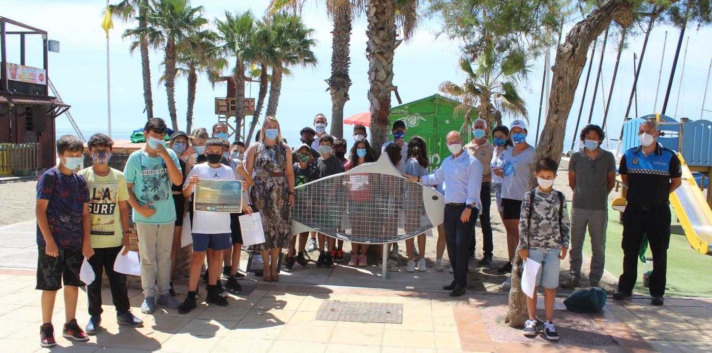 También asistía al acto Mi Moana, la entidad que trabaja para mantener las playas, océanos y ríos libres de plástico