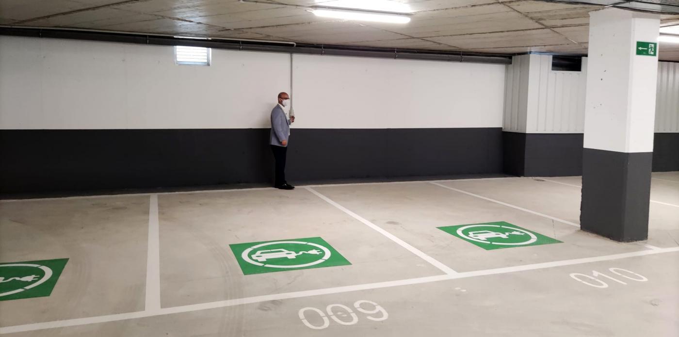 Este nuevo edificio dará solución a los problemas de aparcamiento que, desde hace años, se vienen detectando en esta zona de Las Lagunas.