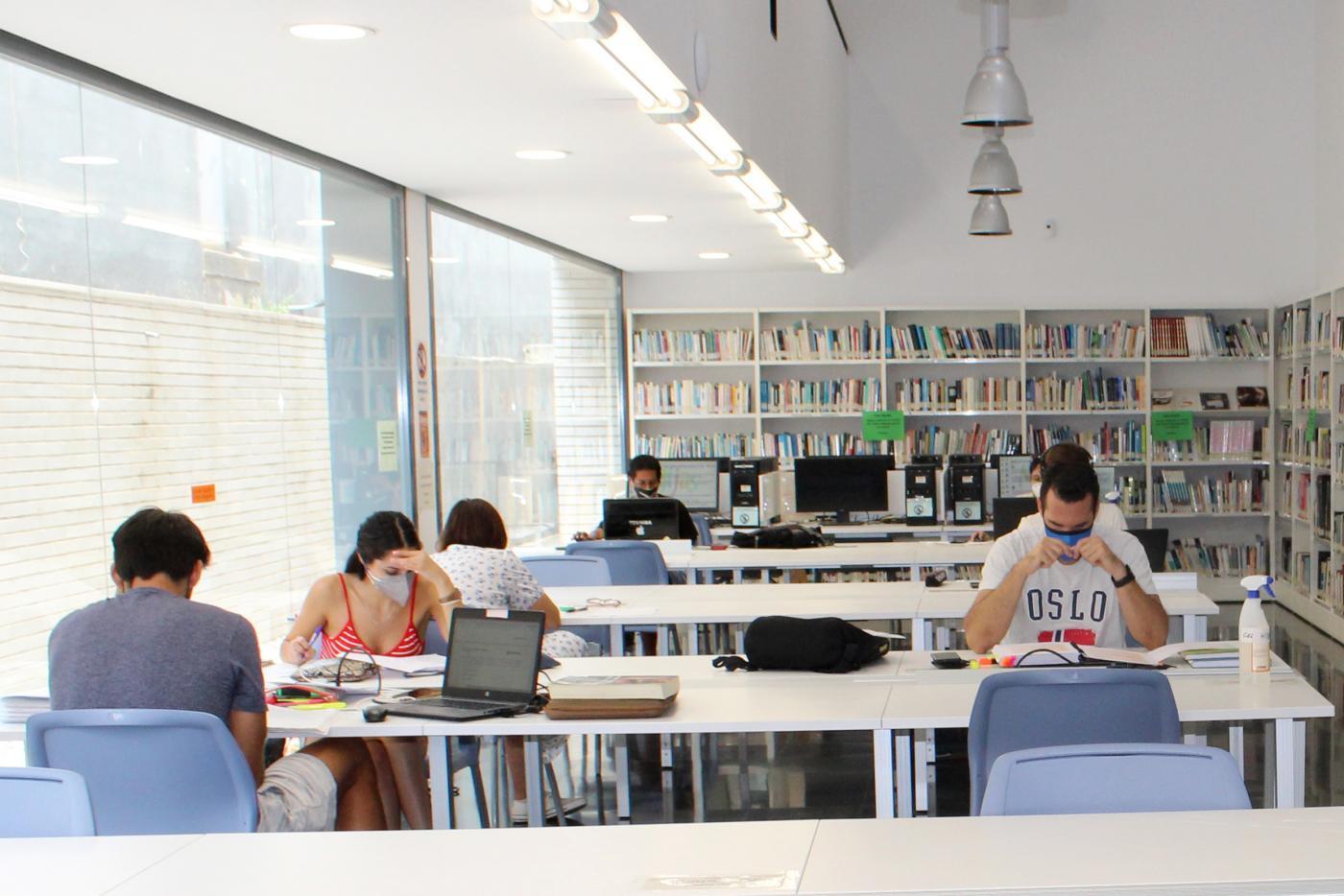 Biblioteca de Las Lagunas.