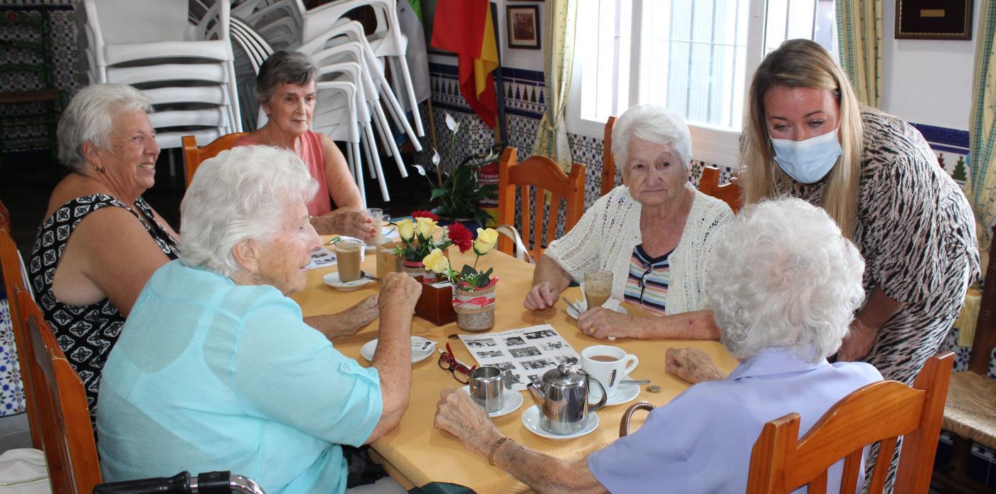 Age Concern atiende a más de 100 residentes de habla inglesa de Mijas, Fuengirola y Benalmádena.