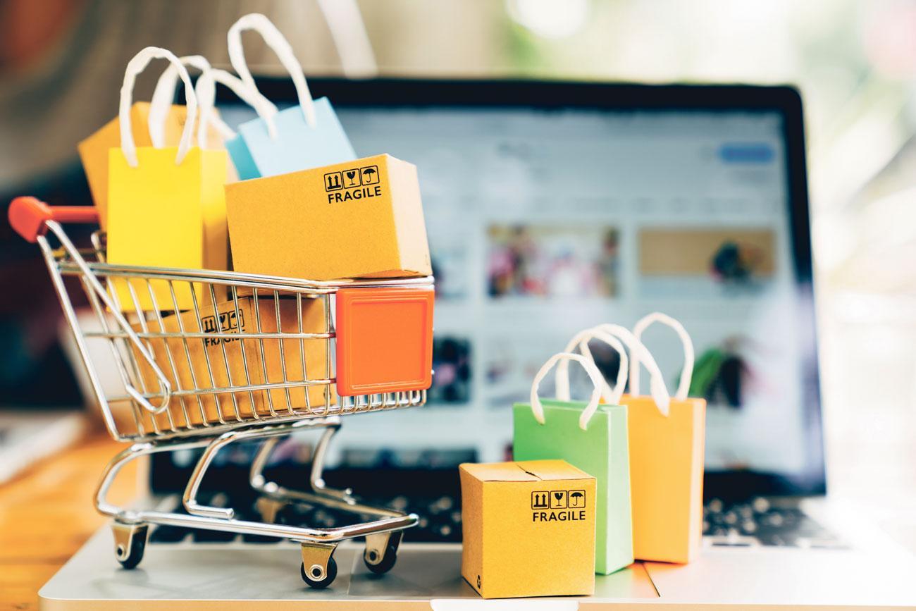 Con el objetivo de fomentar un consumo responsable, la Unión de Consumidores de España en Málaga ofrece recomendaciones para las compras 'online'.